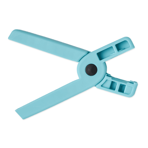 Snappy Tag Applicator